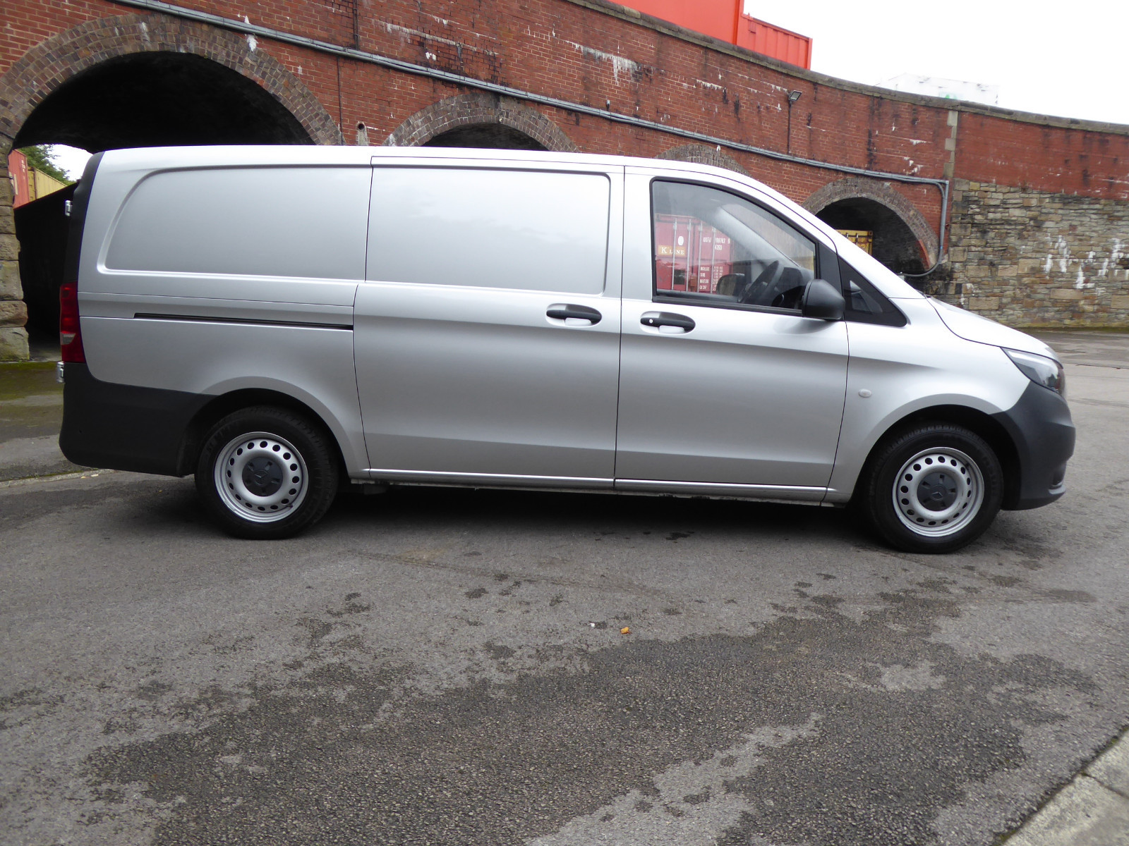 0f545c8252 Mercedes-Benz - Vito 111 CDI LONG PANEL VAN