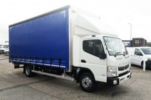 Canter 7.5t Curtainside Body