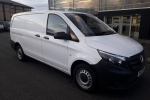 Vito 111 CDI LONG PANEL VAN