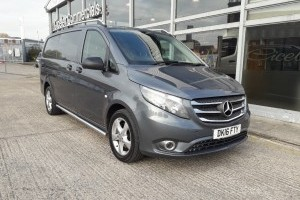 Vito 119 BLUETEC SPORT LONG AUTO PANEL VAN