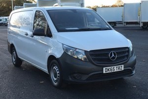 Vito 111CDI Long panel van